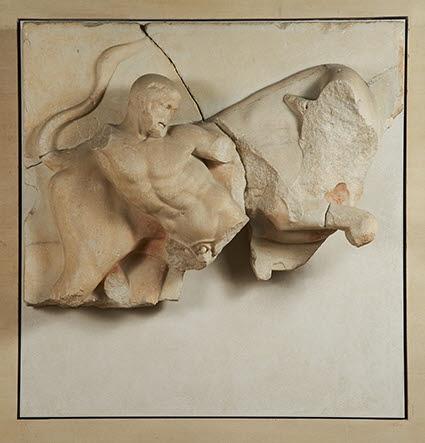 métope ; Héraclès et le taureau de Crète