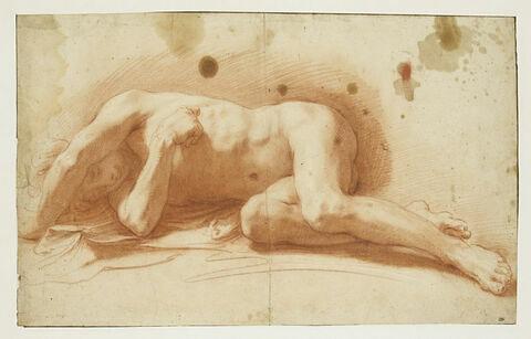 Académie d'homme nu, de face, couché sur le côté droit