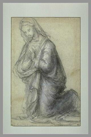 Femme drapée à genoux tournée vers gauche : Vierge Marie