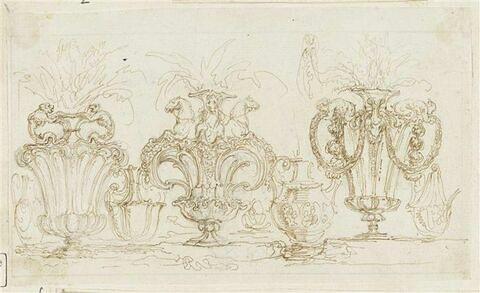 Sept études de vases richement ornés