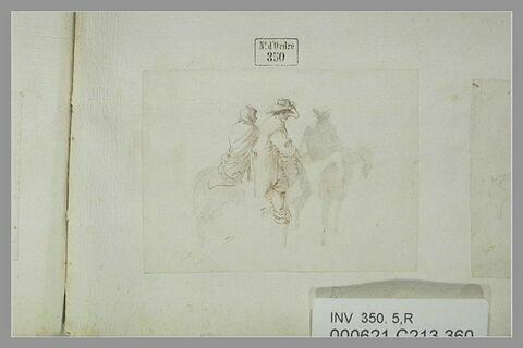 Deux cavaliers dont un porte une femme en croupe
