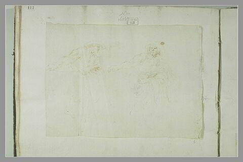 Deux hommes faisant le geste de semer