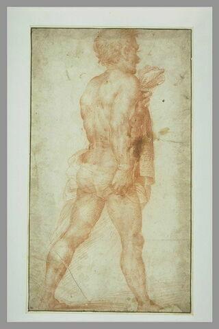 Homme nu, debout, marchant vers la droite