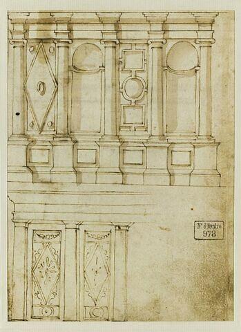 Deux éléments architecturaux décorés de niches et de motifs géométriques