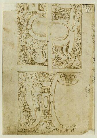 Trois motifs décoratifs d'encadrement de cartouche