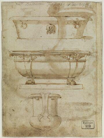Deux baignoires et une urne