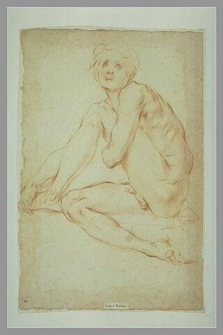 Homme nu, assis, le bras gauche autour de la jambe gauche