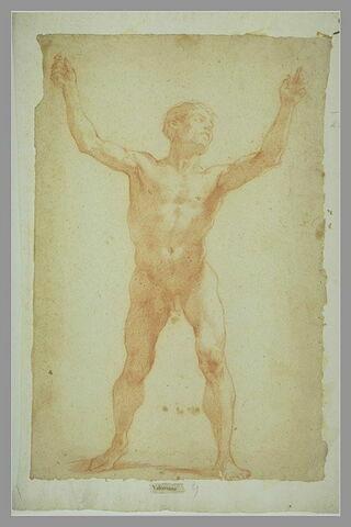 Homme nu, debout, bras et jambes écartés