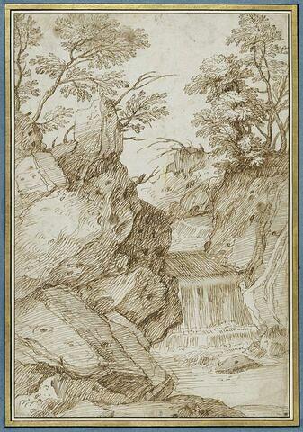 Paysage avec un torrent se déversant entre des rochers