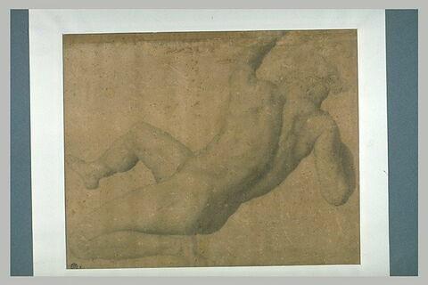 Homme nu, vu de dos, à demi-allongé et en appui sur un bras