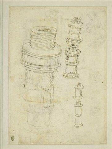 Une pièce de canon démontée et deux dromadaires debout, de profil
