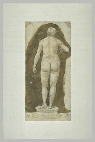 Statue de femme nue, vue de dos