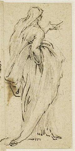 Figure debout, drapée, vue de dos, soutenant la draperie avec sa main droite