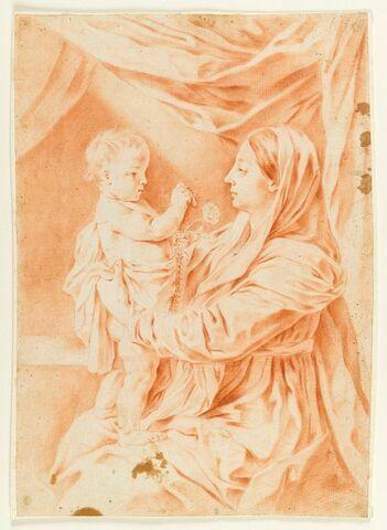 La Vierge avec l'Enfant debout sur ses genoux, lui présentant un chapelet