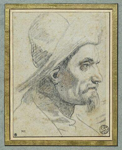 Tête d'homme coiffée d'un chapeau à large bords, de profil vers la droite