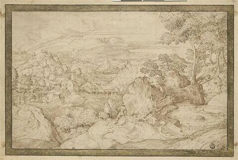 Paysage avec un village entouré de collines boisées et de montagnes
