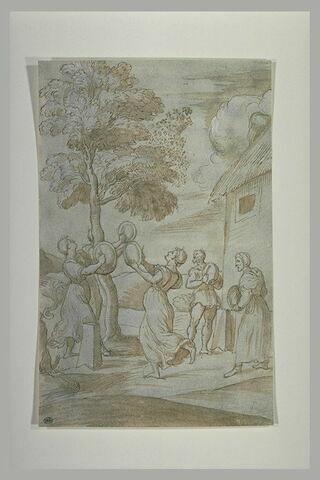 Quatre femmes et un homme autour d'un arbre où vole un essaim d'abeilles