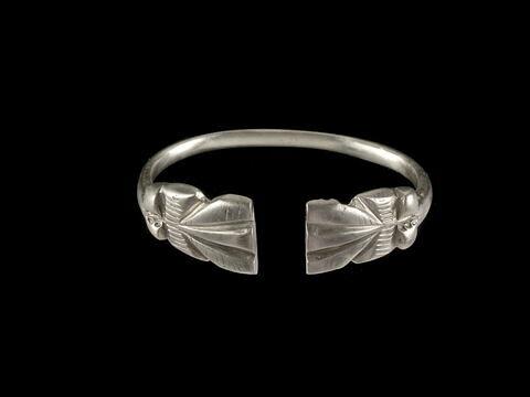bracelet ; anneau ouvert