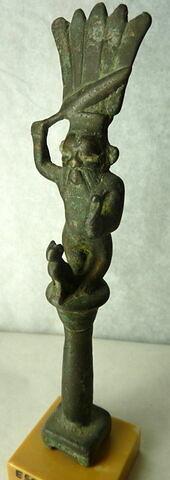 figurine de Bès guerrier ; enseigne divine