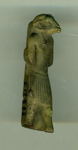 vue d'ensemble ; trois quarts face © 2011 Musée du Louvre / Antiquités égyptiennes