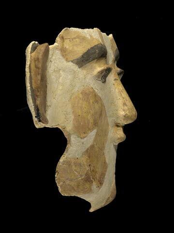 vue d'ensemble ; profil droit © 2007 Musée du Louvre / Georges Poncet