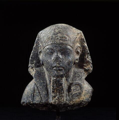 serviteur funéraire momiforme ; statue