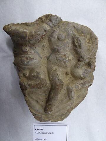 figurine d'Harpocrate au chien ; figurine d'Harpocrate double ; plaquette