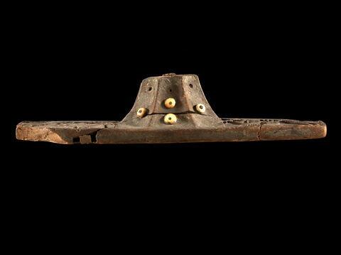 vue d'ensemble ; profil © 2011 Musée du Louvre / Georges Poncet