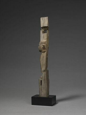 trois quarts dos © 2015 Musée du Louvre / Christian Décamps