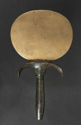 miroir en disque aplati ; miroir à manche papyriforme