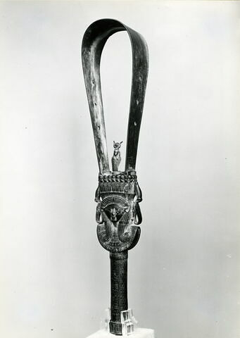 vue d'ensemble ; trois quarts gauche © Musée du Louvre / Maurice Chuzeville
