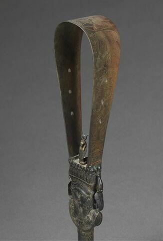 trois quarts ; détail © 2017 Musée du Louvre / Christian Décamps