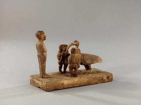 trois quarts ; vue plongeante © 2014 Musée du Louvre / Georges Poncet