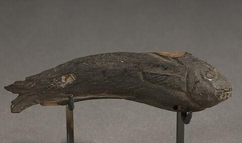 figurine ; sarcophage de poisson