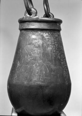 détail ; face B, face 2 © Musée du Louvre / Maurice et Pierre Chuzeville