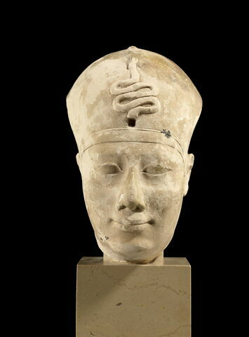 modèle de sculpteur  ; statue