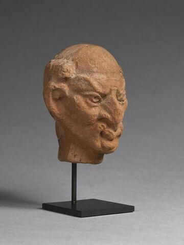 trois quarts face © 2019 Musée du Louvre / Christian Décamps