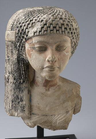 statue  ; Tête de princesse amarnienne