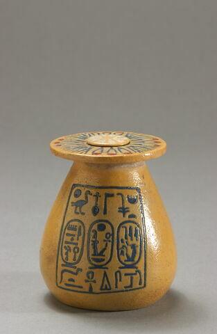 pot ; bouchon de vase