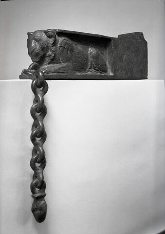 vue d'ensemble ; trois quarts gauche © Musée du Louvre / Chuzeville