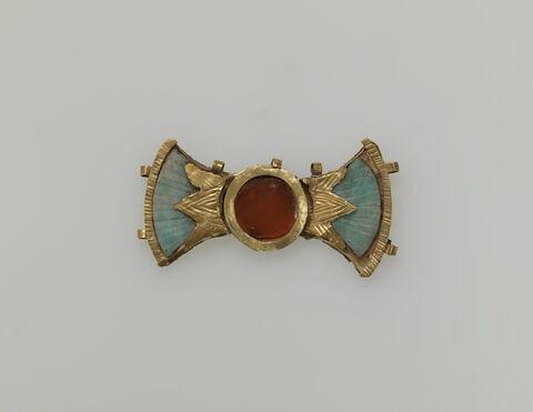 diadème  ; élément de collier  ; pendentif