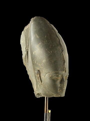 trois quarts droit ; face, recto, avers, avant © 2013 Musée du Louvre / Georges Poncet