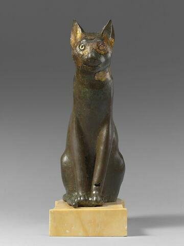 figurine ; sarcophage de chat ; momie de chat