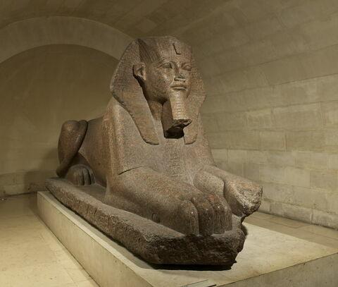 statue colossale ; Sphinx de Tanis