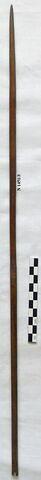 flèche ; pointe de flèche effilée