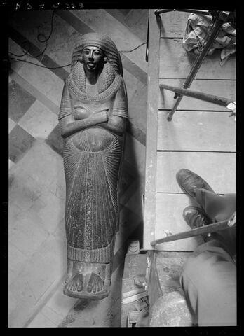 vue d'ensemble ; face, recto, avers, avant ; vue de dessus © Musée du Louvre / Maurice et Pierre Chuzeville