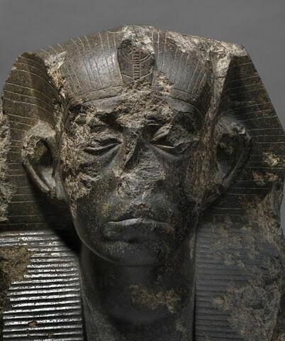 face, recto, avers, avant ; détail © 2013 Musée du Louvre / Christian Décamps