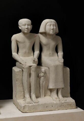 trois quarts droit © 2014 Musée du Louvre / Christian Décamps