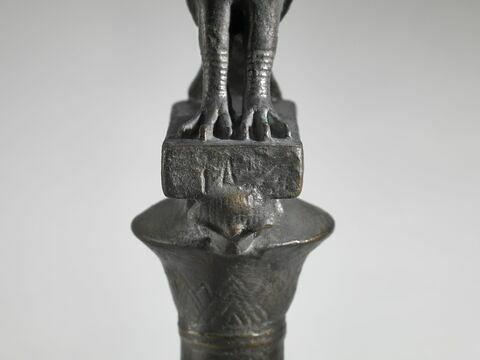 face, recto, avers, avant ; détail inscription © 2019 Musée du Louvre / Raphaël Chipault
