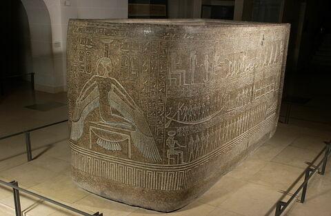 sarcophage à cuve en cartouche ; Cuve du sarcophage de Ramsès III